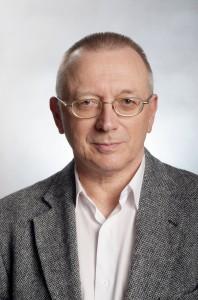 Dr. Benedek László